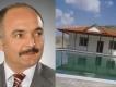 بلدية تركيّة تهدم فيلا غير قانونية لرئيسها