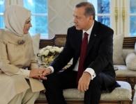 كيف احتفلت زوجة الرئيس أردوغان بعيد ميلاده؟