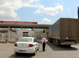 56 شاحنة مساعدات أممية إلى إدلب السورية عبر تركيا