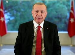 أردوغان يعلن عودة تدريجية للحياة في تركيا.. البداية بمراكز التسوق وصالونات الحلاقة
