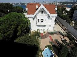 بالصور.. قصر قائد عثماني بإسطنبول يُباع بـ100 مليون ليرة تركية