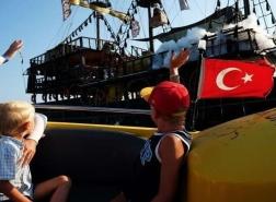 تركيا.. المكان المفضل للسياح الروس لقضاء عطلة هذا الصيف