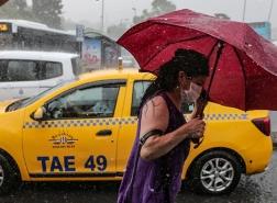 إسطنبول: تحذير من أمطار غزيرة وعواصف رعدية مع خطر تشكل السيول