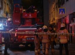بالصور.. اندلاع حريق في مستشفى خاص بإسطنبول