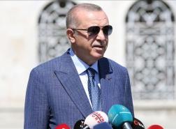 أردوغان يطمئن الشعب التركي حول وضع الليرة