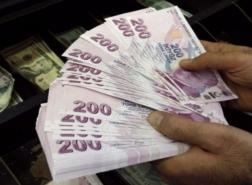 الليرة التركية ترتفع بعد تسجيل مستوى قياسي منخفض