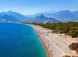 رغم الوباء.. عائدات السياحة قد تجلب 15 مليار دولار لتركيا هذا العام
