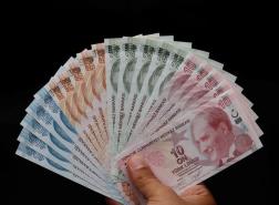 تحسن طفيف في سعر صرف الليرة التركية