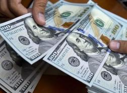 الدولار الأمريكي قرب أدنى مستوى في أسبوع