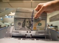 مسار أفقي للدولار مقابل الليرة التركية
