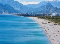 أنطاليا تستضيف 2 مليون سائح أجنبي منذ يناير
