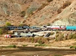 مصرع شخصين باصطدام قطاري شحن في أنقرة