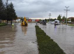 هطول الأمطار يعطل المواصلات في أنقرة وإسطنبول