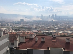 دمار مبان سكنية بالكامل في إزمير وتصريحات أولية لوالي إسطنبول