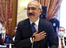 بماذا تعهد وزير المالية التركي الجديد مع بدء مهامه رسميا؟