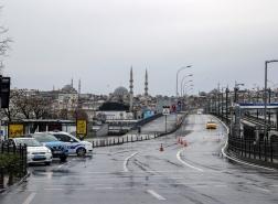 تركيا تسجل انخفاضاً جديداً في أعداد إصابات كورونا