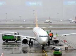 طائرة ركاب تهبط اضطرارياً في مطار اسطنبول