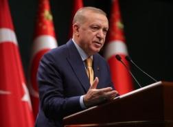 أردوغان يعلن موعد رفع القيود بما فيها حظر التجول
