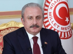 رئيس البرلمان التركي يقدم التعازي لنظيره المصري