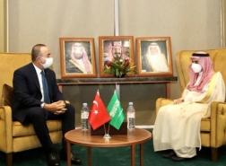 بعد اتصال أردوغان والملك سلمان.. وزير خارجية تركيا في السعودية