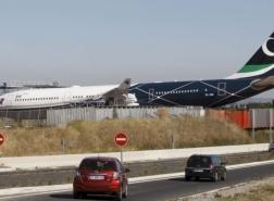 طائرة الزعيم الليبي السابق معمر القذافي تصل إسطنبول