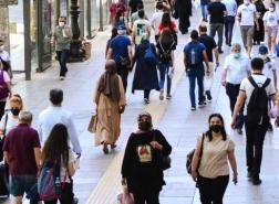 خبراء أتراك يتوقعون رفع جميع القيود في يوليو
