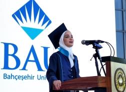 سورية هربت من الحرب وتفوقت أكاديميا في تركيا