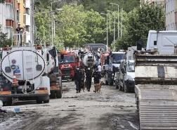 ارتفاع عدد ضحايا الفيضانات في شمال تركيا إلى 40