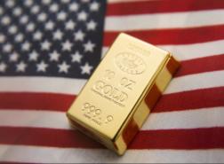 قفزة بأسعار الذهب مع تراجع العملة الأمريكية