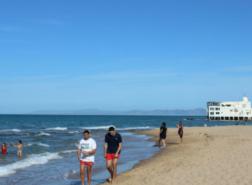 تلوث كارثي يضرب شواطئ ليبيا