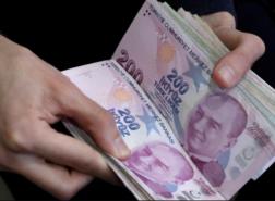 تصريحات مهمة لخبير مالي موجّهة لمستثمري الليرة التركية