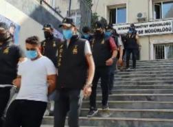 عصابة تنهب 5 ملايين ليرة من 32 سيارة في إسطنبول