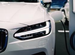 مبيعات السيارات الكهربائية ترتفع 160 بالمئة عالميا