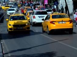 أزمة سيارات الأجرة تتفاقم في إسطنبول.. من يقف حجر عثرة أمام الحل؟