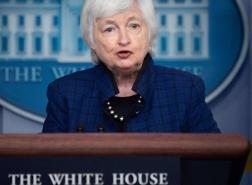 ركود وفقدان ملايين الوظائف.. وزيرة أمريكية تحذر من أزمة مالية تاريخية