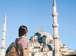 كم سائح بريطاني سيزور تركيا بعد شطبها من القائمة الحمراء؟