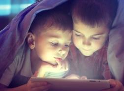 خبير تركي يحذّر: الاستخدام المفرط للتكنولوجيا يسبب الشيخوخة المبكرة