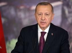 أردوغان يُقيل مسؤولين بالبنك المركزي.. والليرة تسجل انخفاضا تاريخيا