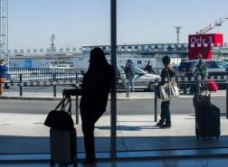 فرنسا تخفض التأشيرات الممنوحة للجزائر والمغرب وتونس