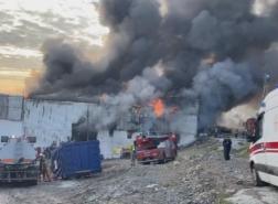 حريق كبير بأحد المصانع في أفجيلار غرب إسطنبول (صور)