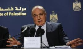 الحكومة الفلسطينية تصرف 50 بالمئة من رواتب موظفيها