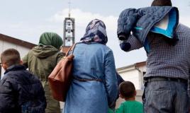 ماذا قالت الحكومة الألمانية عن احتمالية ترحيل اللاجئين السوريين؟