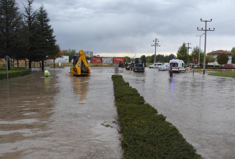 الأرصاد حذرت المواطنين من حدوث فيضانات - أرشيف