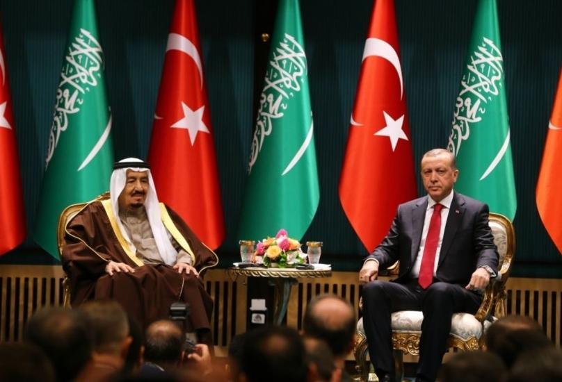 لقاء سابق بين الرئيس أردوغان والملك سلمان بن عبد العزيز