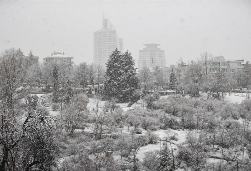 تشهد العديد من المدن التركية طقسا سيئا