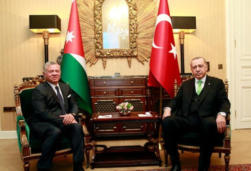 لقاء سابق بين الرئيس التركي وملك الأردن