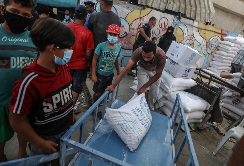 تقدم الأونروا مساعدات إغاثية لملايين اللاجئين الفلسطينيين